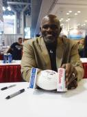 Lawrence Taylor, New York Giants linebacker and Hall of Famer,  during autographs session in New York — Stock Photo