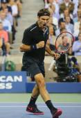 Seventeen times Grand Slam champion Roger Federer during quarterfinal match at US Open 2014 against Gael Monfils — Stock Photo