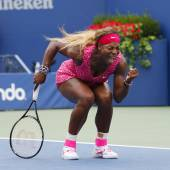 Grand Slam champion Serena Williams during fourth round match at US Open 2014 — Stock Photo