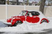 Car under snow in Brooklyn, NY after massive Winter Storm Juno strikes Northeast. — Stock Photo