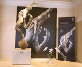 Statue of Cirque du Soleil artist on exhibition in Las Vegas — Stock Photo