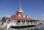 The historic former Hotel Del Coronado boathouse on Coronado Island — Stock Photo