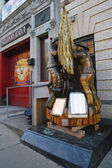 Fallen firefighters memorial in the front of New York City Fire Department Squad Company 1 in Brooklyn, — Stock Photo