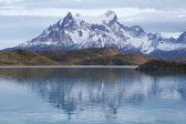 The Majestic Cuernos del Paine (Horns of Paine) reflectoion  in Lake Pehoe in Torres del Paine National Park, Patagonia, Chile — Stock Photo
