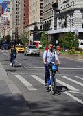 Rider de moto Citi no identificado en Manhattan — Foto de Stock