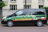 Peugeot van with Perrier logo at Le Stade Roland Garros in Paris — Stock Photo