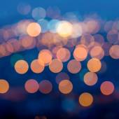 City lights in the twilight evening with blurring background, cl — Stock Photo