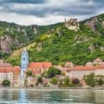 Town of Durnstein with Danube river, Wachau, Austria — Stock Photo #58674787