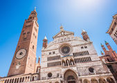Cathedral of Cremona with bell tower, Lombardy, Italy — Stock Photo