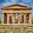 Temple of Hera at famous Paestum Archaeological Site, Province of Salerno, Campania, Italy — Stock Photo #68472061