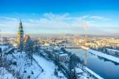 Beautiful panoramic view of Salzburg skyline with Muellner Church and river Salzach in winter, Salzburger Land, Austria — Stock Photo