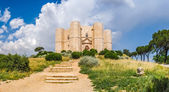 Historic and famous Castel del Monte in Apulia, southeast Italy — Stock Photo
