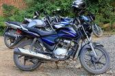 Motorbike parking. Namo Buddha-Nepal. 1025 — Stock Photo