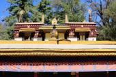 Dhvajas atop roof. Kelsang Phodrang-Norbulingka-Lhasa-Tibet. 1255 — Stock Photo
