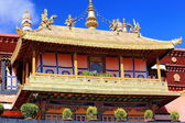 Gilded roofs. Jokhang temple-Lhasa-Tibet. 1413 — Stock Photo