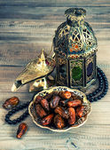 Dates, arabic lantern and rosary. Oriental decoration — Foto Stock