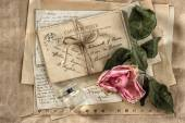 Old love letters, perfume and dried rose flower. scrapbook paper — Stock Photo