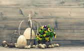 Easter still life  with eggs and pansy flowers. Vintage style — Foto Stock