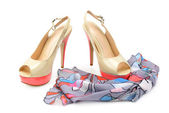 Elegant sandals and scarf — Stock Photo