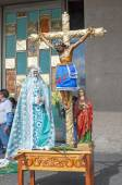 Crucifix and Holy Mary statue — Foto Stock