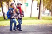 Pupils going to school — Stock Photo