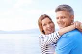 Happy couple on sea — Stock Photo