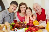 Family on Thanksgiving day — Stockfoto