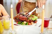Roasted poultry on festive table — Fotografia Stock