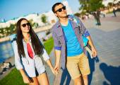 Amorous dates with backpacks — Stock Photo