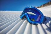Snowboarding goggles — Photo