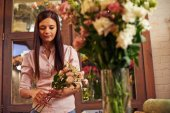Owner of flower shop — Stock Photo