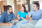 Discussion of workteam in office — Stock Photo