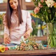 Designer working with flowers — Stock Photo #74083557