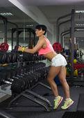 Girl  doing athletic  exercise — Stock Photo