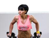 Woman doing athletic exersice — Photo