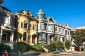 Victorian houses in San Francisco — Stock Photo