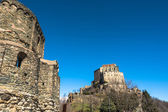 The Sacra di San Michele and the Sepolcro dei Monaci in Piedmont — Stock Photo