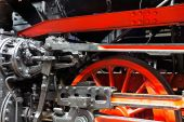 Wheels  of the old locomotive on rails — Stock Photo