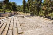 Stairs of amphitheatre in Knossos Palace — Stock Photo