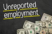 Text on blackboard with money - Unreported employment — Foto de Stock