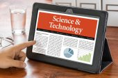 A tablet computer on a desk - Science and Technology — Stock Photo