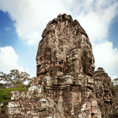 Statue of Bayon temple — Stock Photo