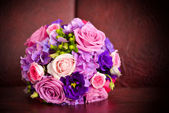 Wedding bouquet with pink roses — Stock Photo