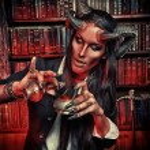 ������, ������: Pretty devil