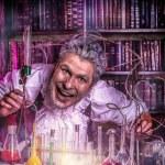 Постер, плакат: Frightening scientist