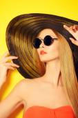 Balck sunglasses — Stock Photo