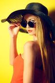 Yellow fashion — Stock Photo