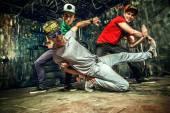 Serin dansçılar — Stok fotoğraf