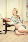 Joyful pregnancy — Stock Photo