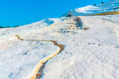 Parched chalky mountain in Pamukkale in Turkey — Stock Photo